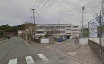 伊万里中学校