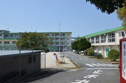 北九州市立上津役小学校の画像3