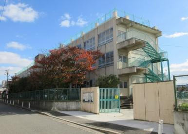 弥刀東小学校の画像1