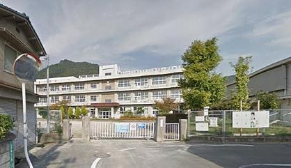 福山市立泉小学校の画像1