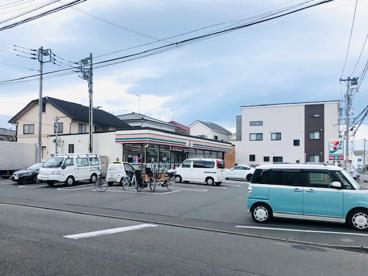 セブンイレブン茅ヶ崎美住町店の画像1