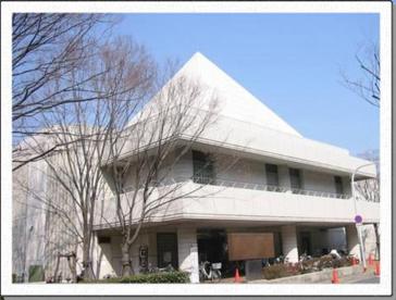 箕面市立東図書館の画像1