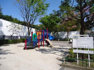 高井戸東三丁目児童遊園の画像1