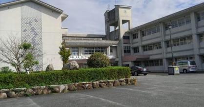 啓成中学校の画像1