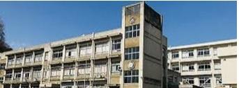 手柄小学校の画像1
