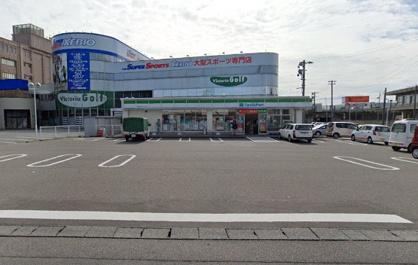 ファミリーマート 新潟桜木インター店の画像1