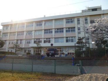 新潟市立西内野小学校の画像1