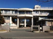 鴻巣市立赤見台中学校