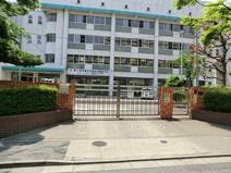 足立区立加賀中学校