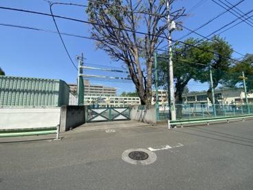 世田谷区立用賀小学校の画像1