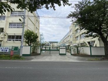 世田谷区立用賀小学校の画像2