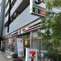 セブンイレブン 大阪日本橋駅東店