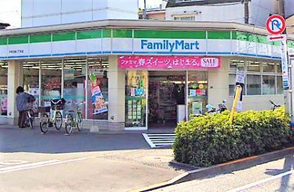 ファミリーマート 中野沼袋二丁目店の画像1