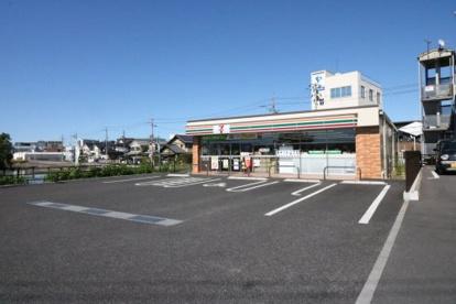 セブンイレブン 草津野路店の画像1