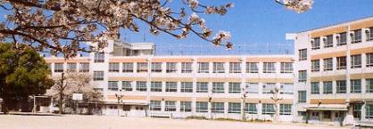 名古屋市立千種小学校の画像1