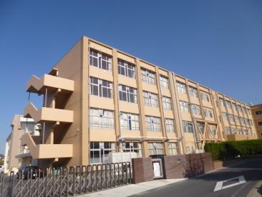 草津市立老上中学校の画像1