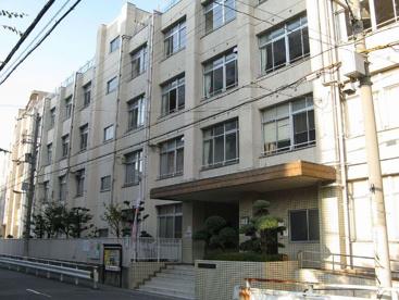 大阪市立大淀中学校の画像1