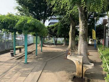 神宮前公園の画像1