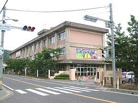 鳥取市立稲葉山小学校の画像1