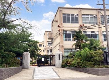 京都市立蜂ケ岡中学校の画像1
