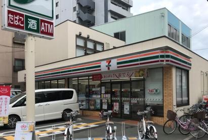 セブンイレブン 大阪大淀中店の画像1