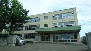 札幌市立札苗中学校の画像1