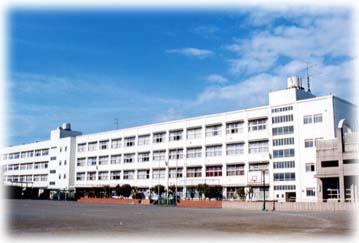横浜市立港南中学校の画像1