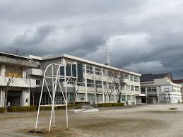 岐阜市立梅林中学校の画像1