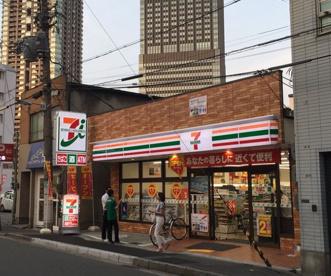 セブンイレブン 梅田スカイビル東店の画像1