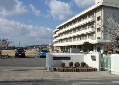 岡山市立旭操小学校の画像1