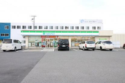 ファミリーマート 草津岡本町店の画像1