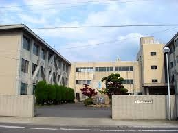 岐南町立岐南中学校の画像1