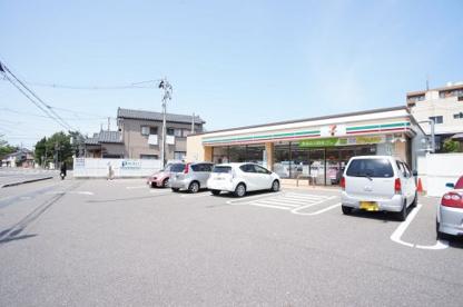 セブン-イレブン 新潟横七番町通店の画像1