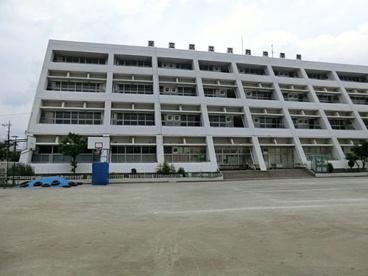 足立区立六月中学校の画像1
