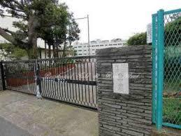 横浜市立南中学校の画像1