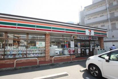 セブンイレブン 大阪中野町4丁目店の画像1