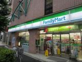 ファミリーマート 神田佐久間町店