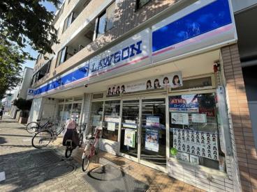 ローソン 練馬春日町三丁目店の画像1
