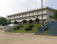 尾道市立西藤小学校の画像1
