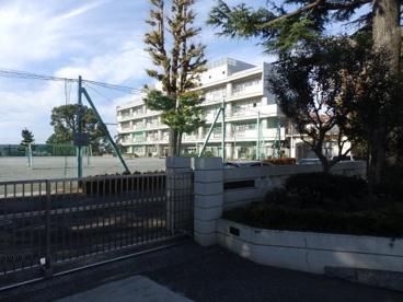 横浜市立石川小学校の画像1