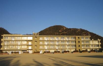 福山市立蔵王小学校の画像1