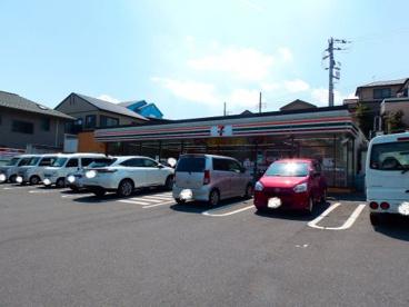セブンイレブン 横浜六ッ川2丁目店の画像1