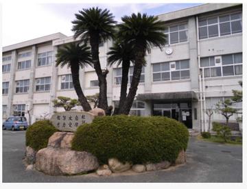 倉敷市立黒崎中学校の画像1