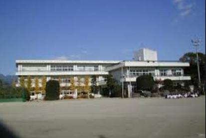 下里見小学校の画像1