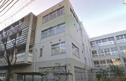 西新宿中学校の画像1