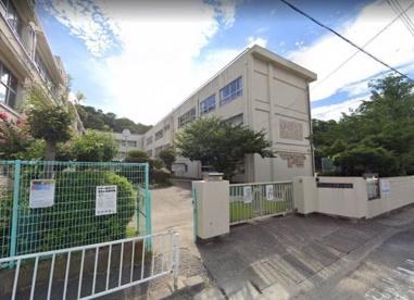 和歌山市立名草小学校の画像1