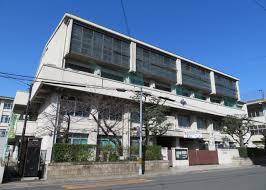 京都市立伏見中学校の画像1