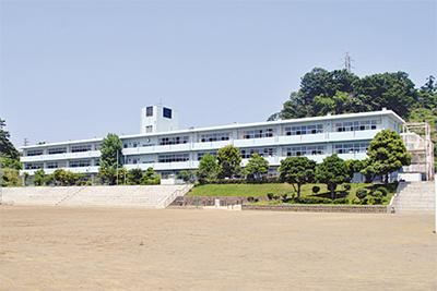 小田原市立国府津中学校の画像1