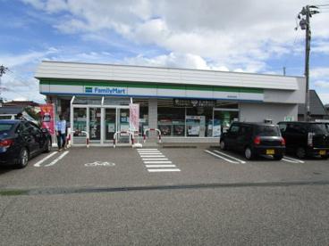 ファミリーマート新潟坂井東店の画像1
