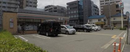 セブンイレブン 吹田垂水町3丁目店の画像1